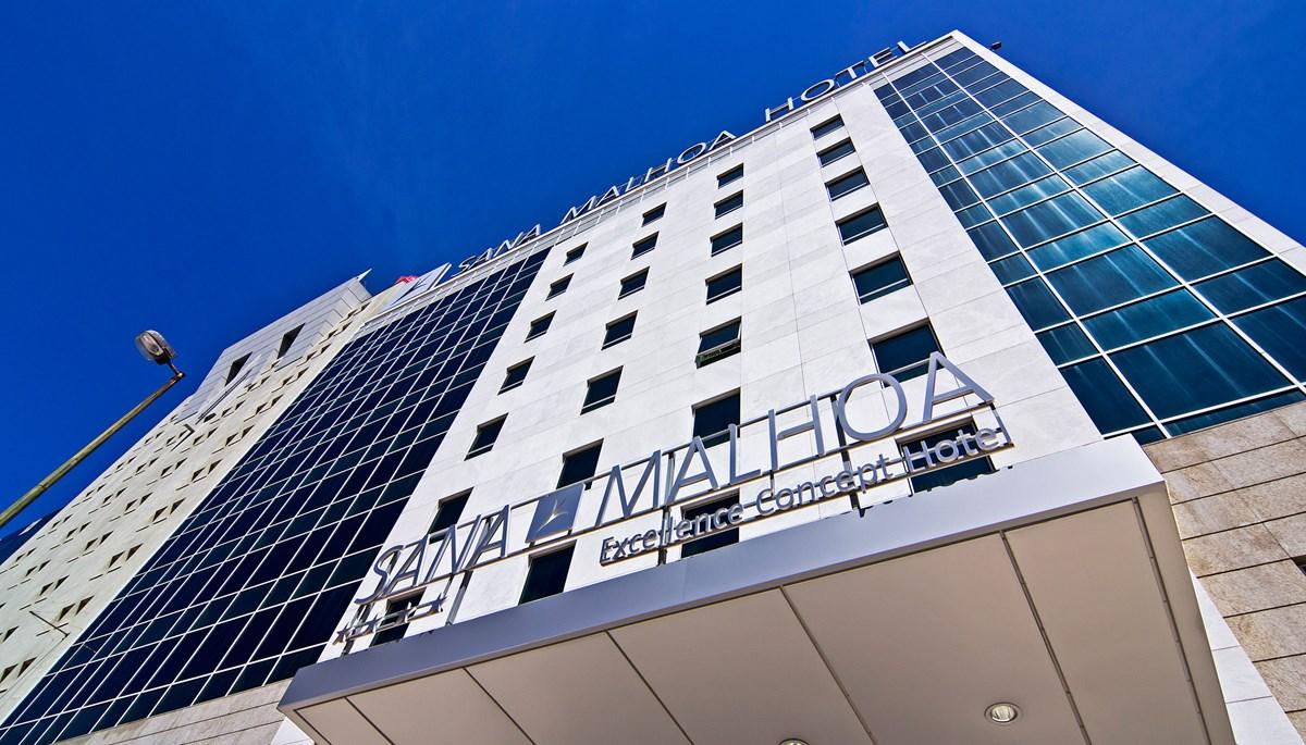 sana_malhoa_hotel_day